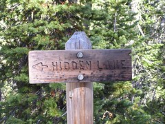 Trail marker from Virginia Lake to Hidden Lake