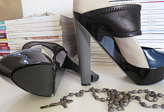 pierre harday shoes+magazines+vintage rosary beads 3