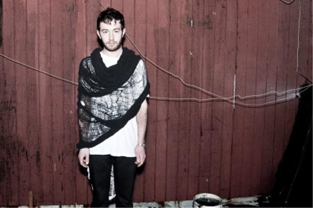 CMRTYZ shredded black tube scarf 1