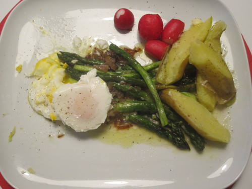 Salad: asparagus, radishes, potatoes, poached eggs