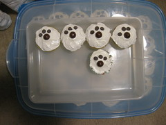 Puppy Paw Cupcakes