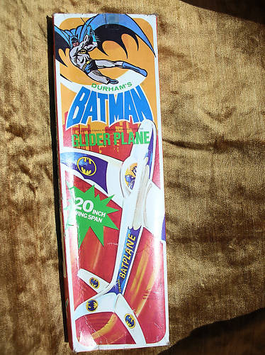 batman_gliderplane1975