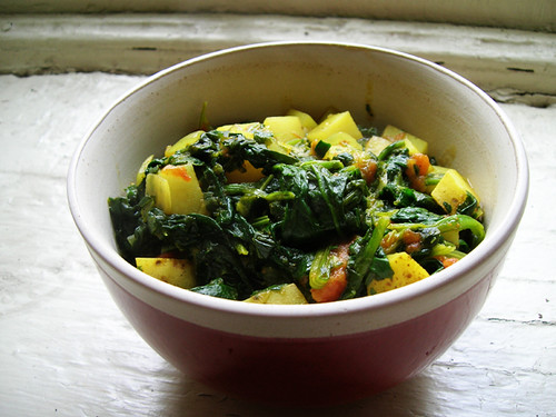curried potato and spinach stew