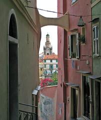 Vicoli (*Flor*) Tags: liguria campanile vicolo sanremo imperia