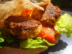 Pita Falafel, Zaalouk et Salade