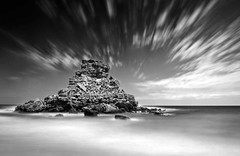Rocky-Peak (petefoto) Tags: sea seascape portugal water clouds nikon rocks wind wave peak atlantic coastal filters foreshore polariser top20longexposure nd110 praiadocastelejo platinumheartsaward artlegacy castelejobeach bestcapturesaoi elitegalleryaoi mygearandmepremium mygearandmebronze mygearandmesilver mygearandmegold mygearandmeplatinum mygearandmediamond leefilters09sgrad