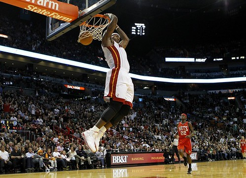 lebron james heat dunking. Lebron James Dunk Sequence (4)
