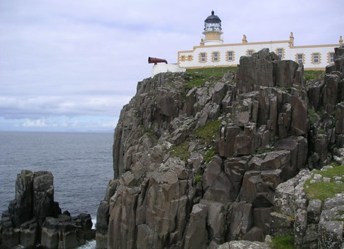 Neist Point LIght, Skye. Photo Wojsyl, GNU Free Documentation