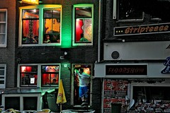 Striptease & coffeeshop Amsterdam (webted) Tags: man amsterdam evening no coffeeshop striptease fav avond floorshow uit novideo stappen challengeyouwinner novideoonflickr