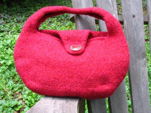 Amanda's sidekick bag