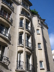 Auteuil (Jamie Barras) Tags: paris france century artnouveau 1910s 20th guimard architecte xvie completed1911 auteuil16e