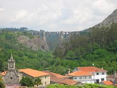 Ponte ferroviária em Ponte Ulla por Francisco de Camba