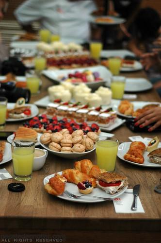 beyaz fırın_table