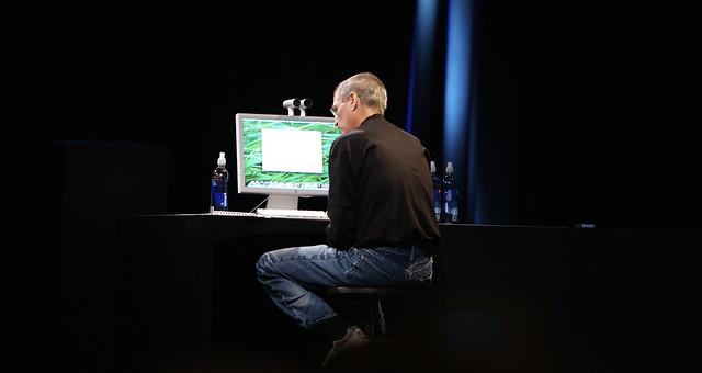 Image of Steve Jobs demoing Quick Look