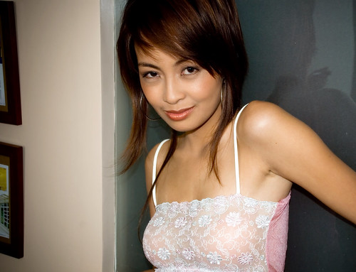 filipina lady asian dating Search for filipino women philippine girls and other pinay girls in this modern time, searching for filipino women or philippine girls can also be done through online dating such as joining in some filipino dating sites like cebuanascom or social networking sites, featuring the sexy philippine women.