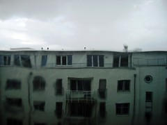 rainy_8.JPG (mascha_?) Tags: house rain distorted no blurred filter