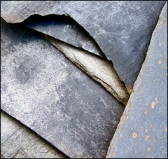 Slate minimal (tina negus) Tags: roof abstract lines minimal worcestershire oldcity slates overbury goldenphotographer hourofthediamondlight collectivedreamjournal defendersmacro exploreunexplored coolestphotographers abstractartaward themacrogroup pigeonlane