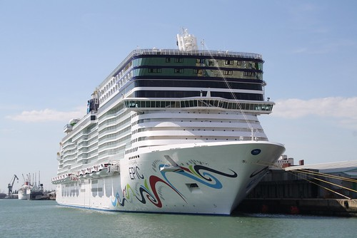 NORWEGIAN EPIC 220610