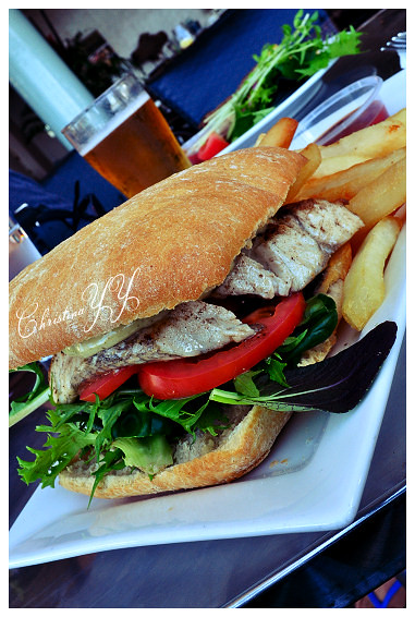 Peppers Pier Resort Hervey Bay: Barramundi Sandwich