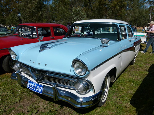 1958 Ford Star Model Customline V8