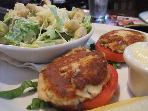SFO Day 3: Crab Cakes/Caesar Salad at San Francisco Airport