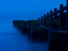 Eerie beach (The Stigster) Tags: longexposure blue beach night smoke filter lovelovelove groins eeerie abigfave