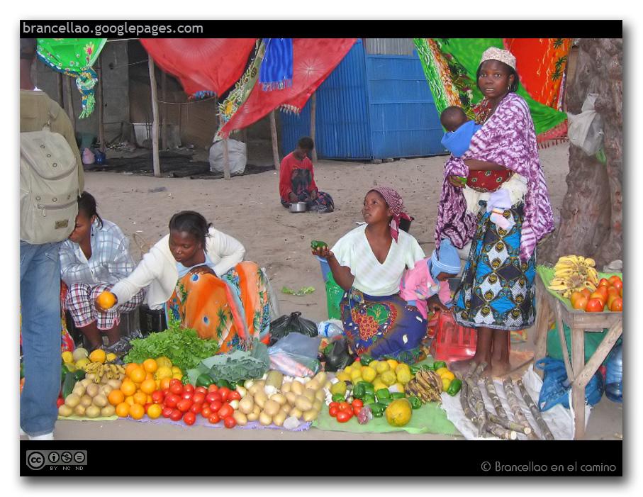 frutas y capulanas