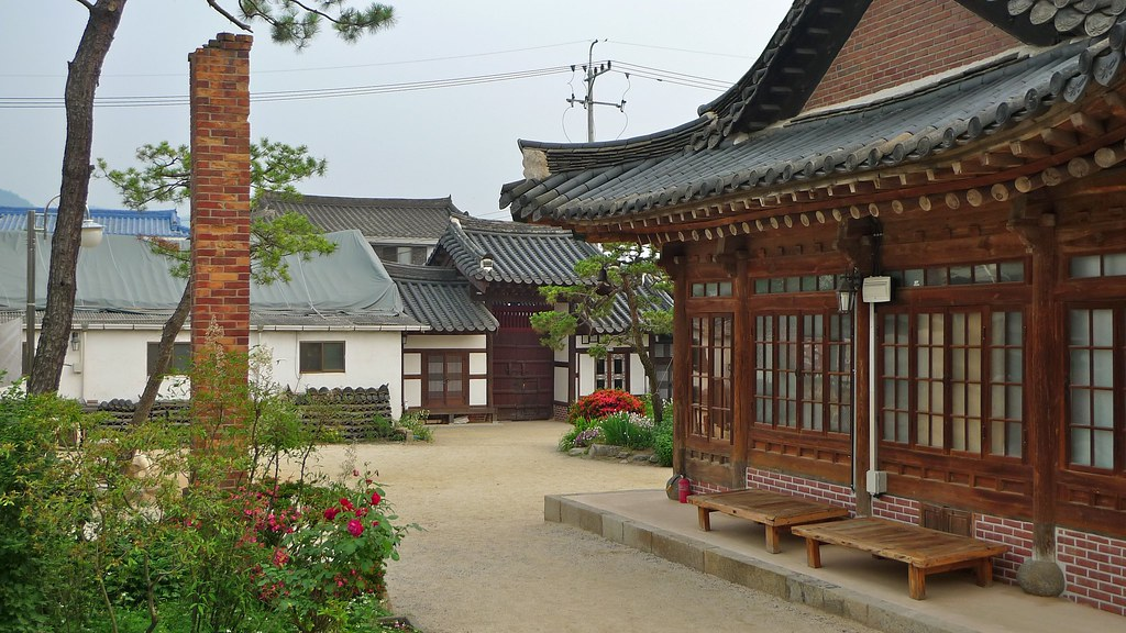 Hanok Chimney