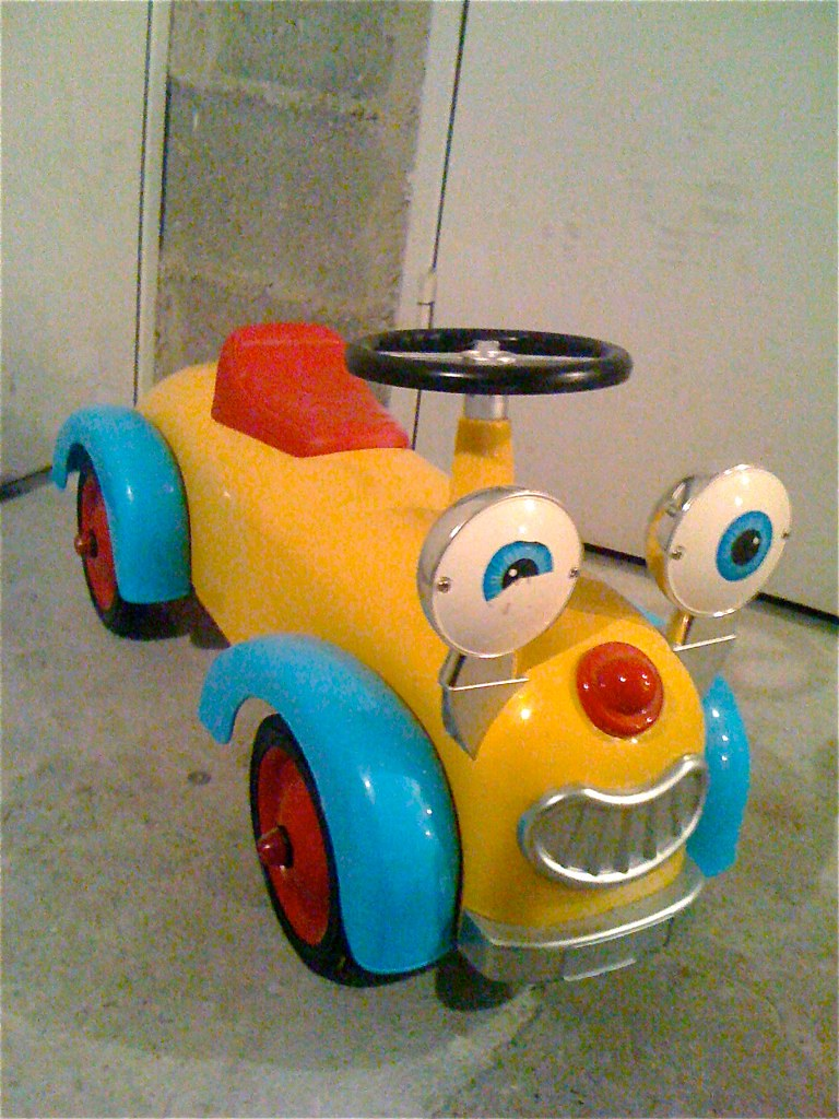 Antoine & Lili Solid metal ride-on toy- 40E