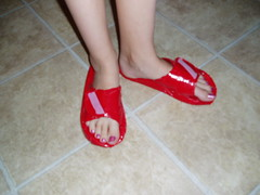 "Matilda's ""darn clever"" duct tape sandals"