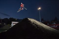 dirtjump 2 (moophisto) Tags: sports bike canon fly jump bmx action air extreme style fisheye tokina dirt dslr karlsruhe dasfest stunt dirtjump skyport elinchrom 1017mm dirtjam fest2007dirtjamfriday elinchromskyport