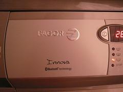 Lavadora bluetooth (torresburriel) Tags: bluetooth lavadora