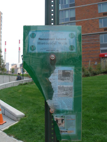 Damaged RI Hisrorical Walk Sign