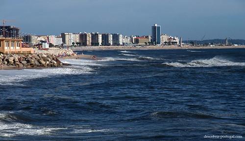 Cidade na praia, ou praia na cidade?