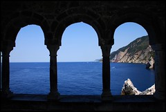 Windows on the sea - by kiki99