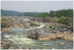 Great Falls Park, Virginia (Magda'70) Tags: usa america river virginia us nikon va potomac d200 2007 greatfallspark wowiekazowie zymon