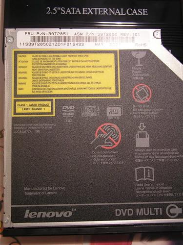 T61 內建的 DVD Multi 光碟