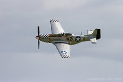 Duxford_Flying_Legends_258 (John_Kennan) Tags: slr 20d plane canon eos fighter aircraft north aeroplane na american duxford mustang p51d duxfordflyinglegends2007