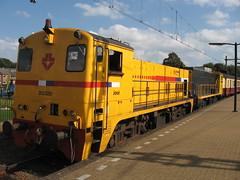 2 Diesel locos (giedje2200loc) Tags: railroad train diesel transport trains commuter railways railfan trainspotting locomotives railfanning railfans
