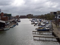 Brayford Pool, Lincoln (crwilliams) Tags: river boats lincolnshire lincoln date:year=2005 date:month=april date:day=8 date:hour=10 date:wday=friday