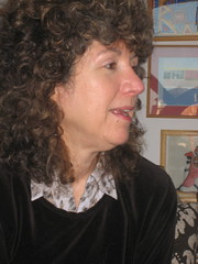Caroline Lawrence 1