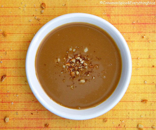 Peanut Butter Dipping Sauce for Pretzel Chicken