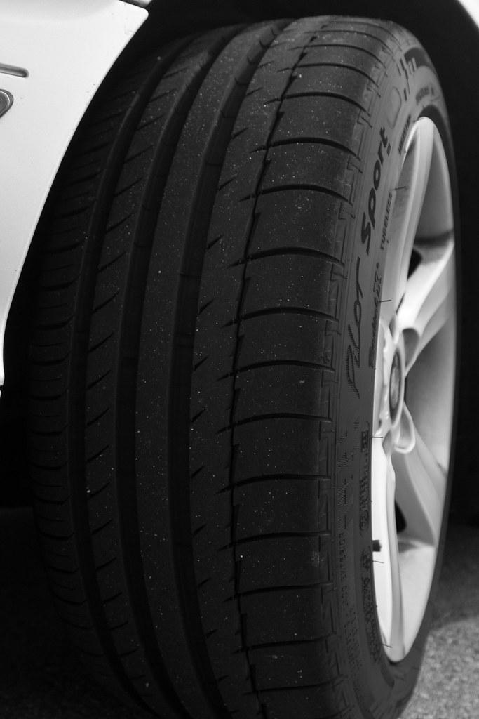 Michelin Pilot Sport PS2 225/45/ZR17