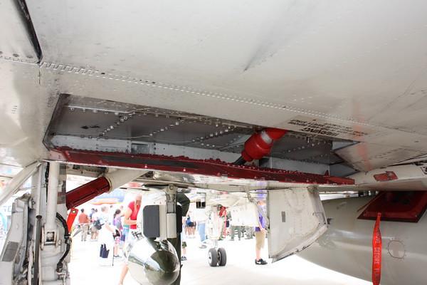 EAA10_F-4E_30