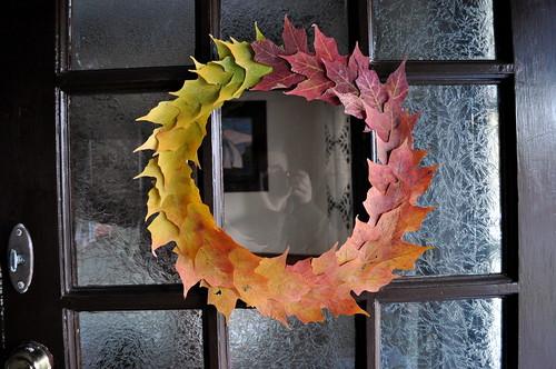 Leaf Wreath - Voila!