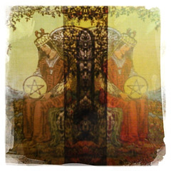 Queen of pentacles (girlwithasword) Tags: tarot queenofpentacles