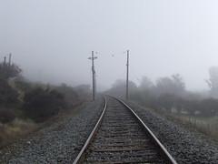 Rieles en la niebla II (Jorgelixious) Tags: railroad fog finepix fujifilm riel niebla ferrocarril s5600