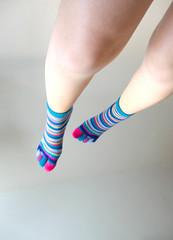 (F. Carvalho) Tags: white feet colors socks branco cores foot flying colorful legs explore ps meia perna voando colorido