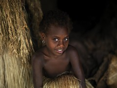 Young cute girl in Yakel, Vanuatu (Eric Lafforgue) Tags: woman girl female children island kid child pacific femme ile tribal hasselblad boucle ear blackpeople tribe ethnic enfant fille hebrides ethnology vanuatu tribu oceania kustom ebridi melanesia tanna pacifique eues newhebrides ethnologie yakel h3d oceanie ethnique lafforgue ethnie ericlafforgue melanesie nouvelleshebrides ericlafforguecom wwwericlafforguecom vanuatupicture vanuatupictures  wanuatuneue hebridennew hebridesnieuwe hebridennouvelleshbridesnuevas hbridasnuove