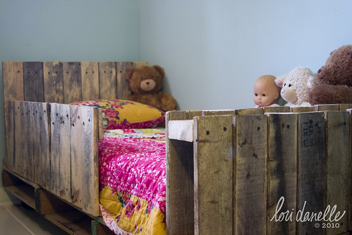 Lori Danelle Maker Of Things Toddler Pallet Bed